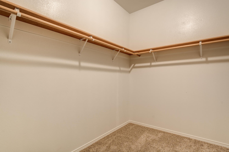 vaughn-floorplan-closet