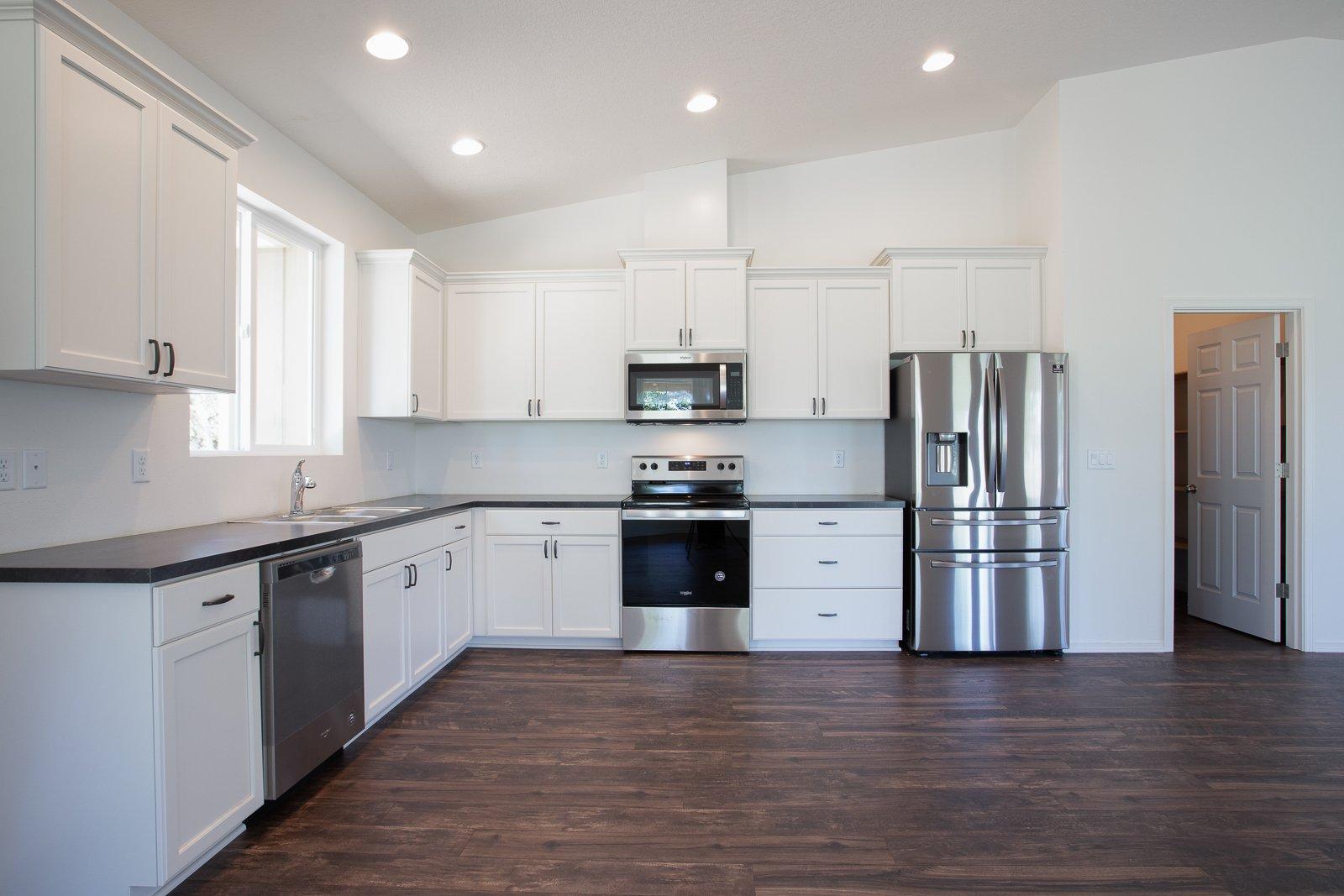 kitchen beagle rd white city 03